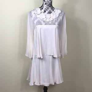 Women's White Dress Flowers